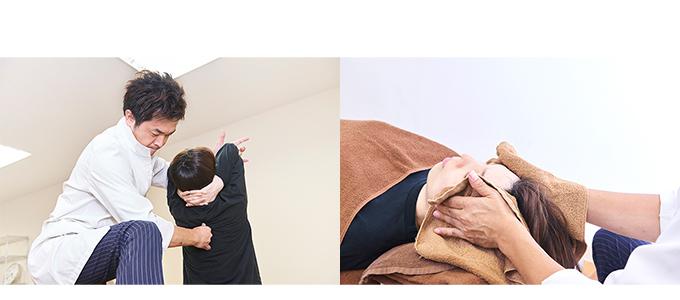 背骨の曲がり具合をチェックする様子(右)と小顔調整の様子(左)