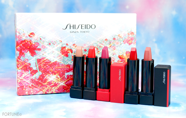 《資生堂》2019クリスマス「SHISEIDO ホリデーカラーズ ミニリップブーケ」が11/1発売に♡ミニリップ5本がコラボデザインのBOXにセット