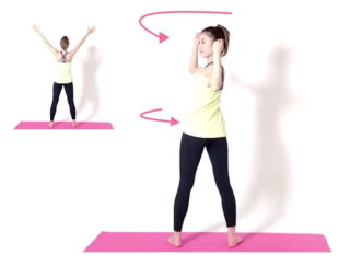 背中を美しく♡わき腹と背中の柔軟性を高める「#宅トレ」動画3選