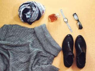 タートルネックとファッション小物