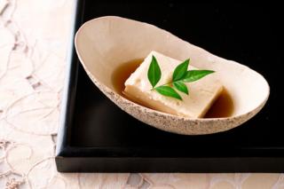 タピオカ粉のごま豆腐