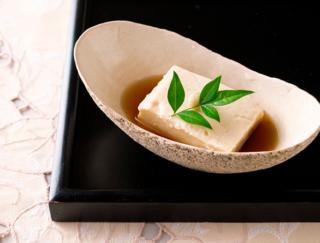 アンチエイジングに効果的! 料理研究家が教える簡単「タピオカ粉で作るごま豆腐」
