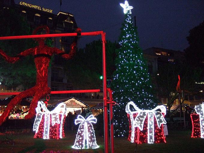 クリスマスに彩られた街