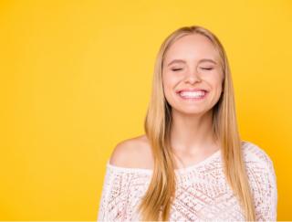 口角上げでセロトニンUP!「すぐ疲れる人」を180度変える、3つの疲れない生活習慣
