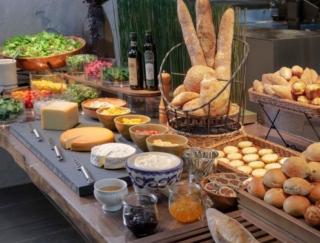 新国立競技場から徒歩1分! 絶品朝食が食べられると話題のプレミアホテルが11/22OPEN!