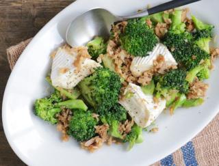 毎日快腸!乳酸菌と食物繊維が豊富な「ツナとブロッコリーのカマンベール炒め」
