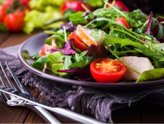 健康的な食事は心にもよい効果。ポイントとなる食べ物の選び方は?