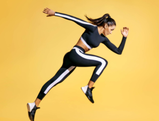 走るのはエネルギーの浪費!? ランナーが効率的に走る秘訣とは
