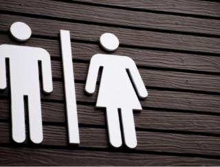 40歳以上の女性の43.9%が経験する尿もれ。医師に聞くその原因と対策とは?
