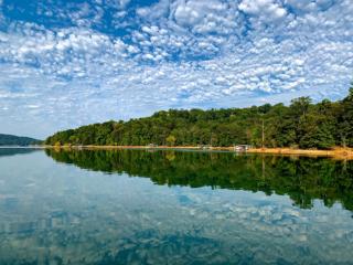 ビーバー湖、朝の絶景