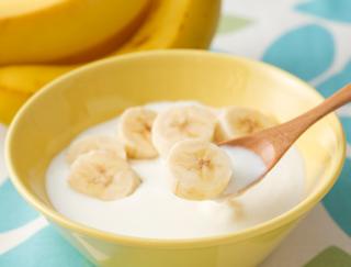 バナナとヨーグルトを食べるだけ! いま注目のインフルエンザ最新予防策