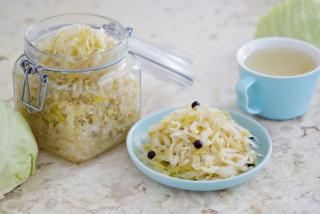 10日間で下腹-4cm!「デブ菌」を減らす話題の酢キャベツダイエット