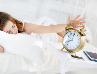 パズルを解いて2度寝を防げ! 正解するまでアラームが鳴りやまないアプリ「パズル・アラーム-パズルゲームで目覚まし 無料パズル目覚まし時計」