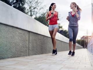 走ると得られるすごいメリット。寿命を伸ばす走り方は?