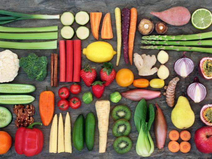 カラフルな色の野菜