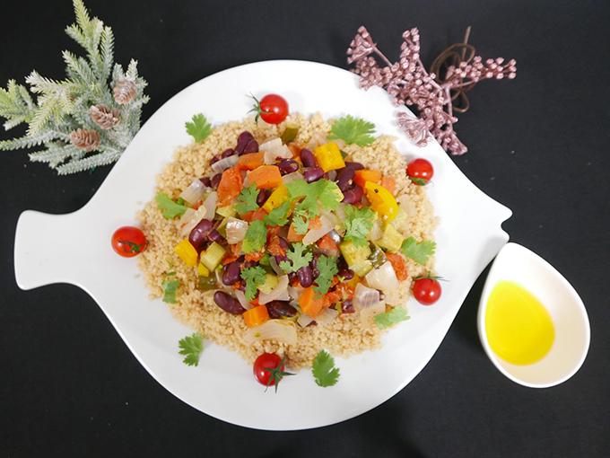 キヌアとカラフル野菜の美腸サラダ