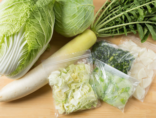 [野菜の冷凍保存]大根、キャベツ、白菜を丸ごと使い切る保存法