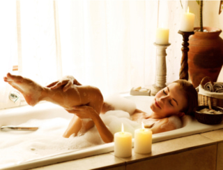 足腰の疲れや肩こりをスッキリさせて、ひと晩でリセットできる入浴法