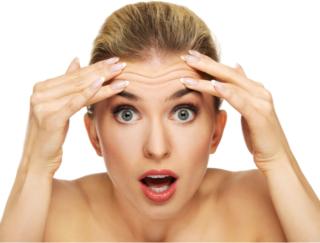 すっぴんOK!? たるみ・くすみ顔を解消する「顔トレ」。まずは老け顔の要因5つをチェック!
