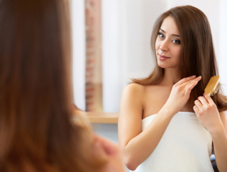 【40代お悩み】髪の毛がパサパサで切れ毛が多いんです!お金をかけずツヤ髪になる方法とは?