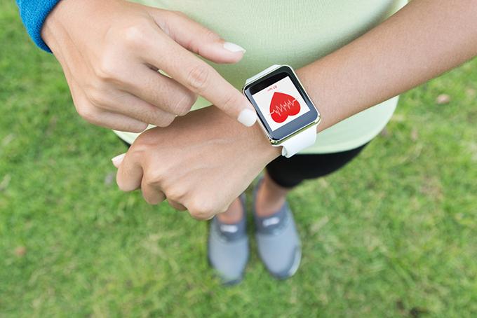 スマートウォッチで心拍数を計測
