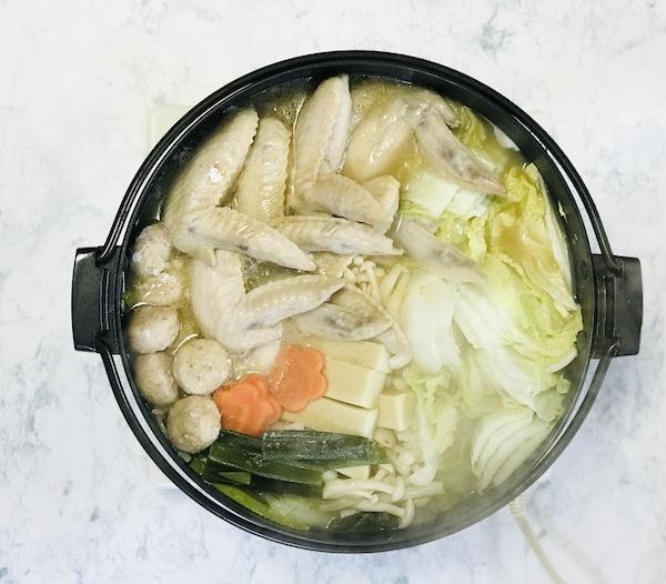 完成した「サムゲタン鍋」
