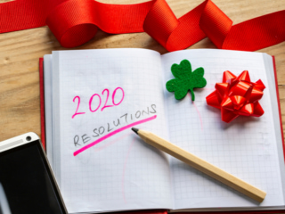 2020年の決意をノートに記す