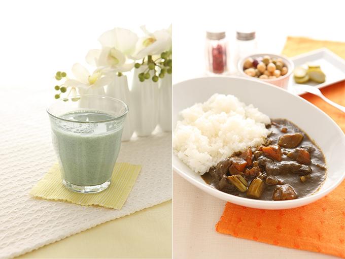 スピルリナを混ぜたジュース+カレー画像