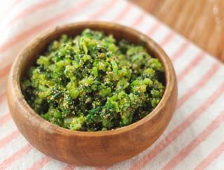 余った葉をさっと炒めるだけの激ウマ常備菜「かぶの葉のたらこ炒め」 #今日の作り置き