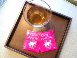 「飲むだけ」でデトックス&ストレスが軽減する!? 希少なハーブティーで健康に #Omezaトーク