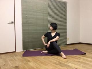 運動不足のぽっちゃり腹を解消! ダンサーが教える、ウエスト周りのデトックスエクササイズ