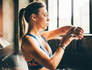 3、2、1… ピーン♪ アプリ「トレーニングタイマー・普段の運動やHIITのお供に!」で時間を気にせずトレーニングに集中!