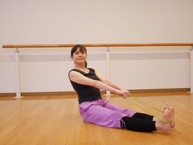 おうちでがっつり筋力強化! バレエダンサーが教えるバンドエクササイズ<前編>