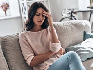 毎月やってくる生理前のイライラ、体調不良を和らげる方法