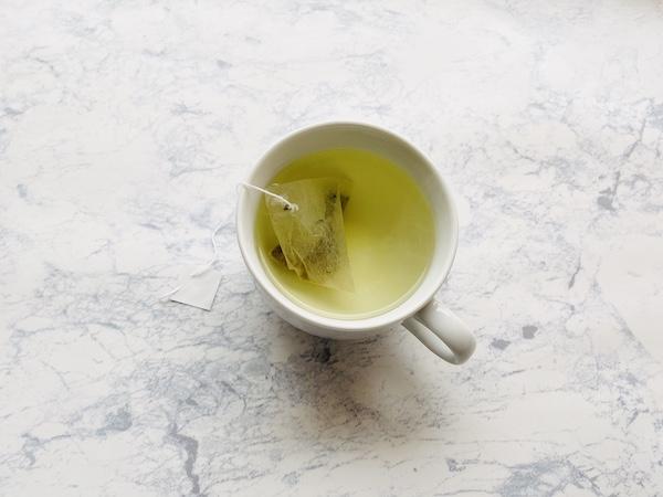熱湯で抽出したそば茶