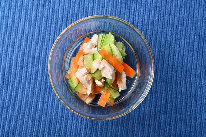 「きゅうりとにんじんのサラダ」画像