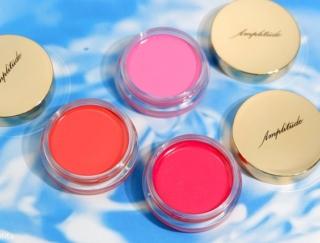 5/27発売<Amplitude(アンプリチュード)>夏の頬を染める洗練カラー「コンスピキュアス クリームチークス」新色3色をレビュー!