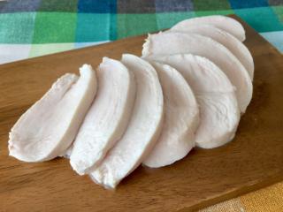 やわらか鶏むね肉で高たんぱくレシピ!「ヨーグルトサラダチキン」 #今日の作り置き