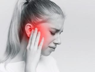 天気の変化で頭が痛くなるわけは? 気圧と内耳の深い関係