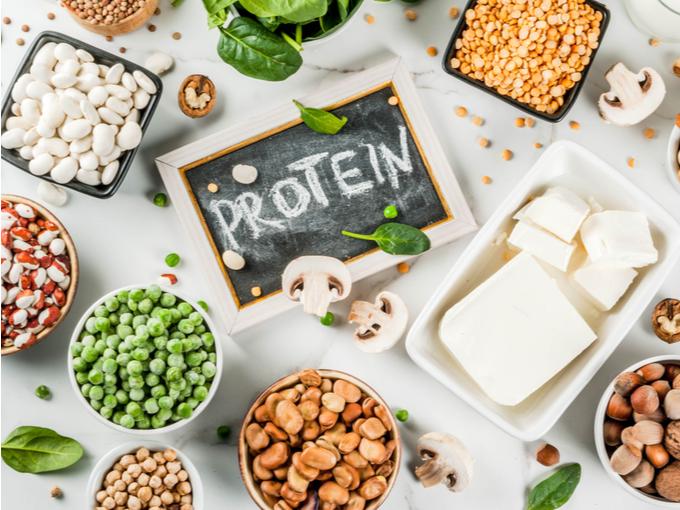 大豆製品などのたんぱく質が豊富な食材