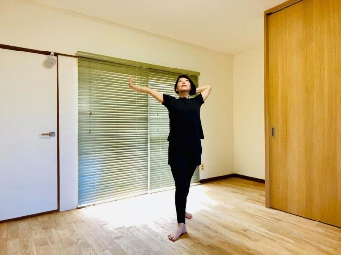 たった3分で目の疲れをすっきり! ダンサーが教える、眼精疲労解消エクササイズ