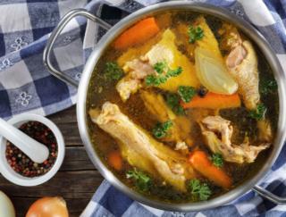 ニューヨーカーの間でブームの新習慣! 美肌になれる「骨だしスープ」ってどんなもの?