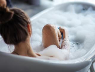 「お風呂」は長生きにつながる! 入浴の効果を日本の研究グループが報告