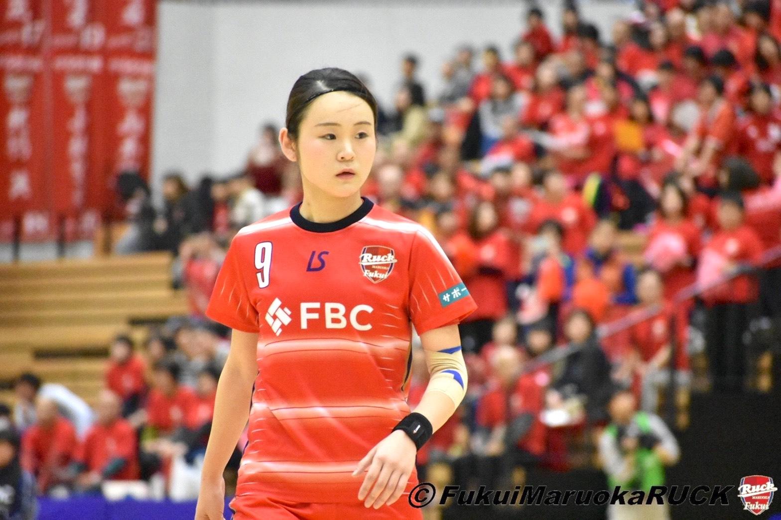 フットサル日本代表・北川夏奈選手上半身ショット