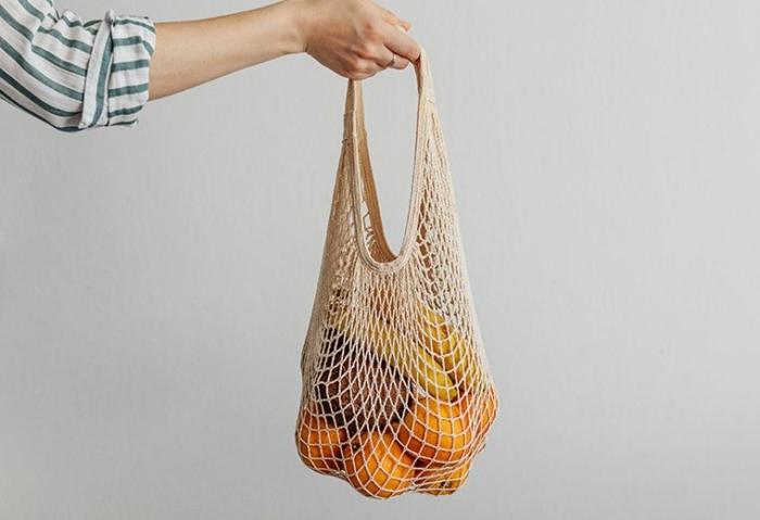 """コンビニでもレジ袋が有料化! エコで機能的な""""マイバッグ""""の選び方とおすすめ7選"""