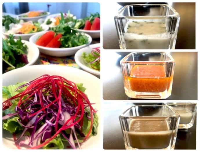 野菜サラダ(左)とデトックス甘酒ドレッシング3種