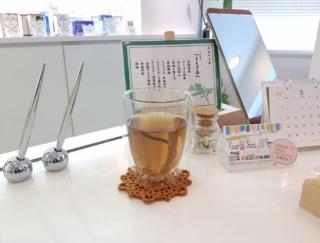 「よもぎ茶」が体にいい! 女性にとってうれしいメリットが多い薬草茶 #Omezaトーク