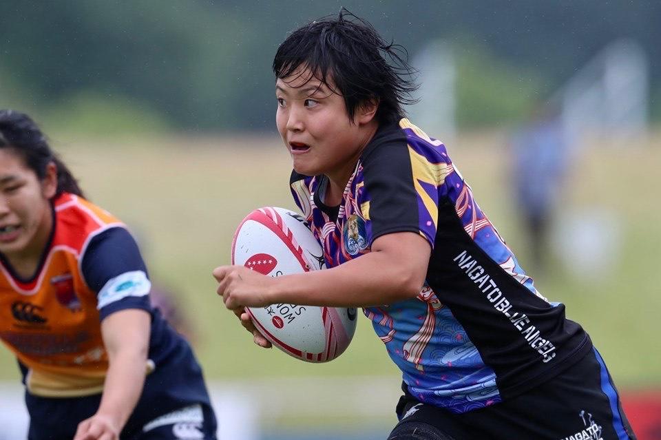 試合中のラグビー日本代表・薮内あゆみ選手2