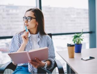 新しい働き方が注目されるポストコロナ時代。仕事に集中できるオフィス環境のポイントとは?