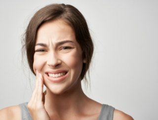 大人のむし歯は、治療した歯の再発に注意